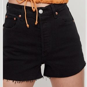 Aritzia Levi's Ribcage Shorts buttonfly 23